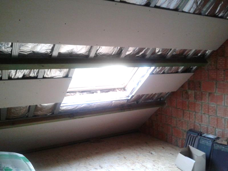 renovation grenier Hornu